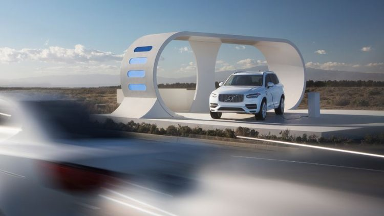 cars in the future volvo-xc90-highway-robbery