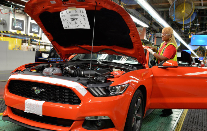 2015-ford-mustang-producton-flat-rock