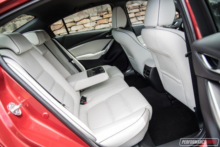2017-mazda6-atenza-rear-seats