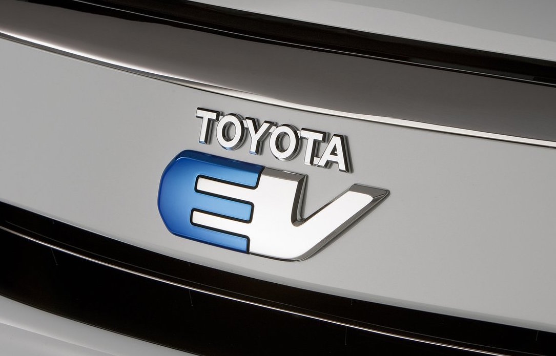 Toyota S New Ev Division To Be Led By President Akio