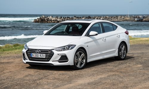 2017 Hyundai Elantra SR Turbo review – manual & DCT auto (video)