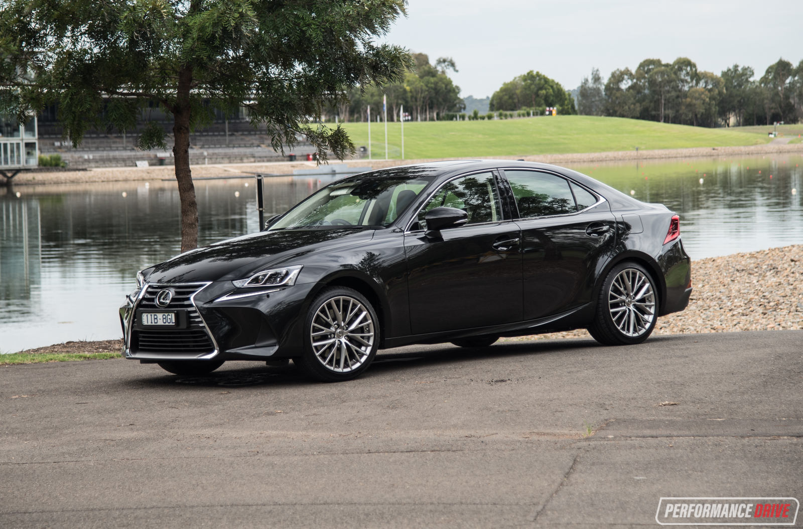 2017 Lexus IS 200t Sports Luxury review (video ...