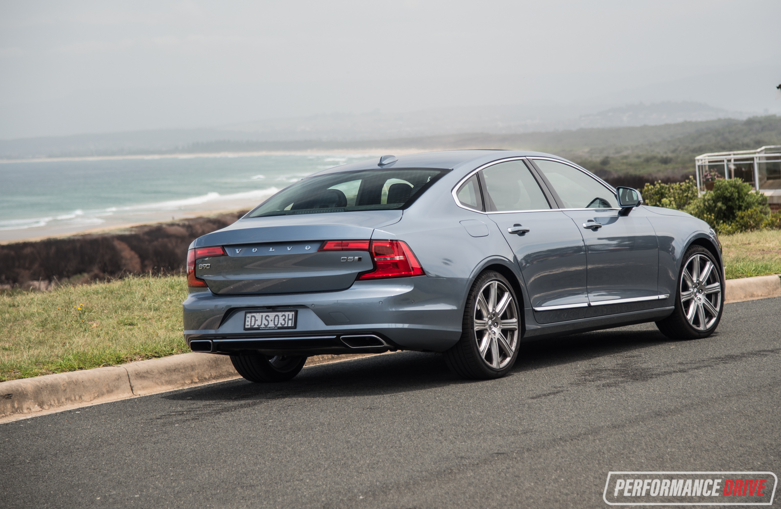 How To Adjust Headlights >> 2017 Volvo S90 D5 Inscription review (video ...