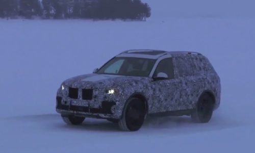2019 BMW X7 super-SUV prototype spotted (video)