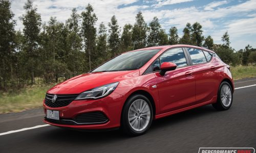2017 Holden Astra R review (video)