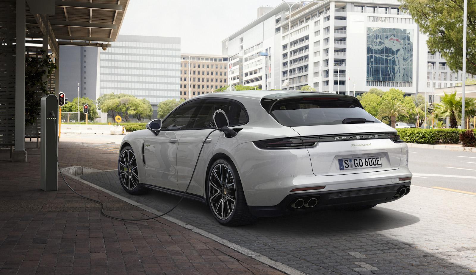Porsche Panamera Sport Turismo Revealed Arrives In