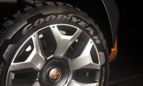 Toyota FT-4X concept previewed, mini FJ Cruiser?