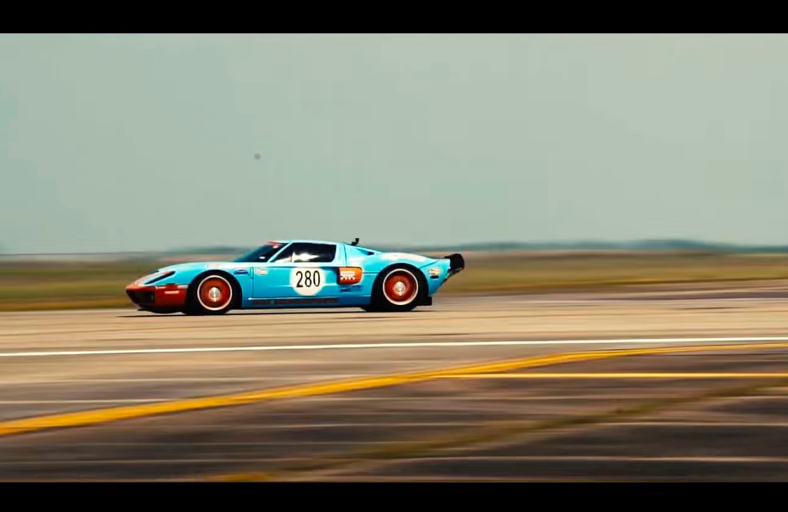 Ford Gt Sets Fastest  Mile Record At Texas Mile Hits Km H Video