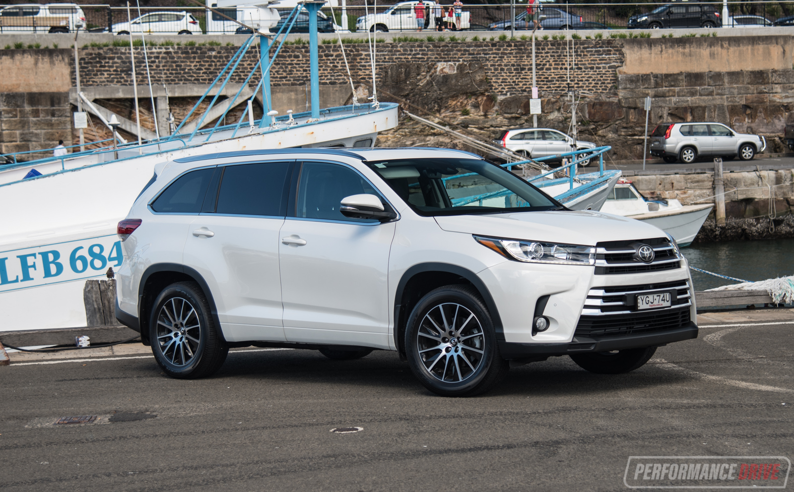 2017 Toyota Kluger Grande AWD review (video) | PerformanceDrive
