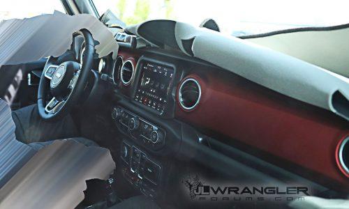 2018 Jeep Wrangler interior spied, reveals all-new design