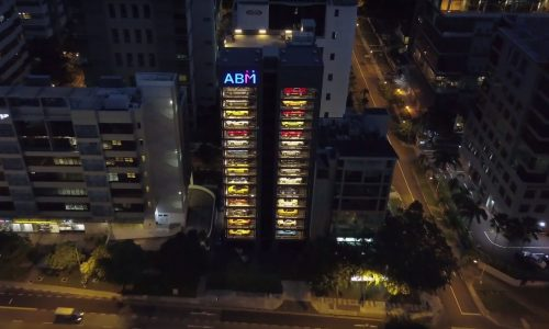 Vending machine opens in Singapore with cars in it (video)