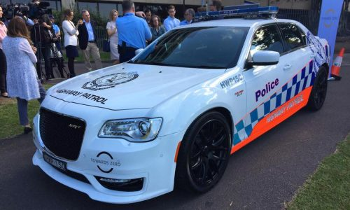 Chrysler 300 SRT NSW Police car being trialled (video)