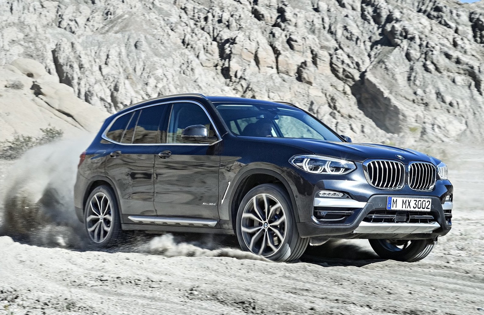 2018 bmw x3 officially revealed m40i confirmed. Black Bedroom Furniture Sets. Home Design Ideas
