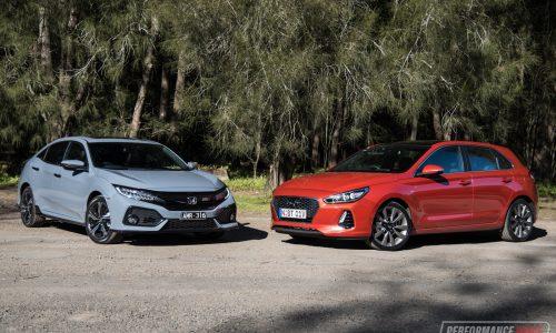 2017 Hyundai i30 SR vs Honda Civic RS: warm hatch comparison (video)