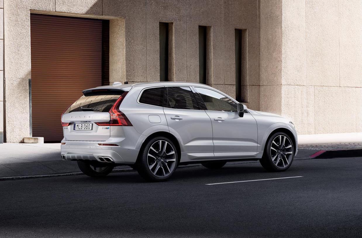 New Volvo Xc60 >> Polestar pack announced for 2017 Volvo XC60 T8 | PerformanceDrive