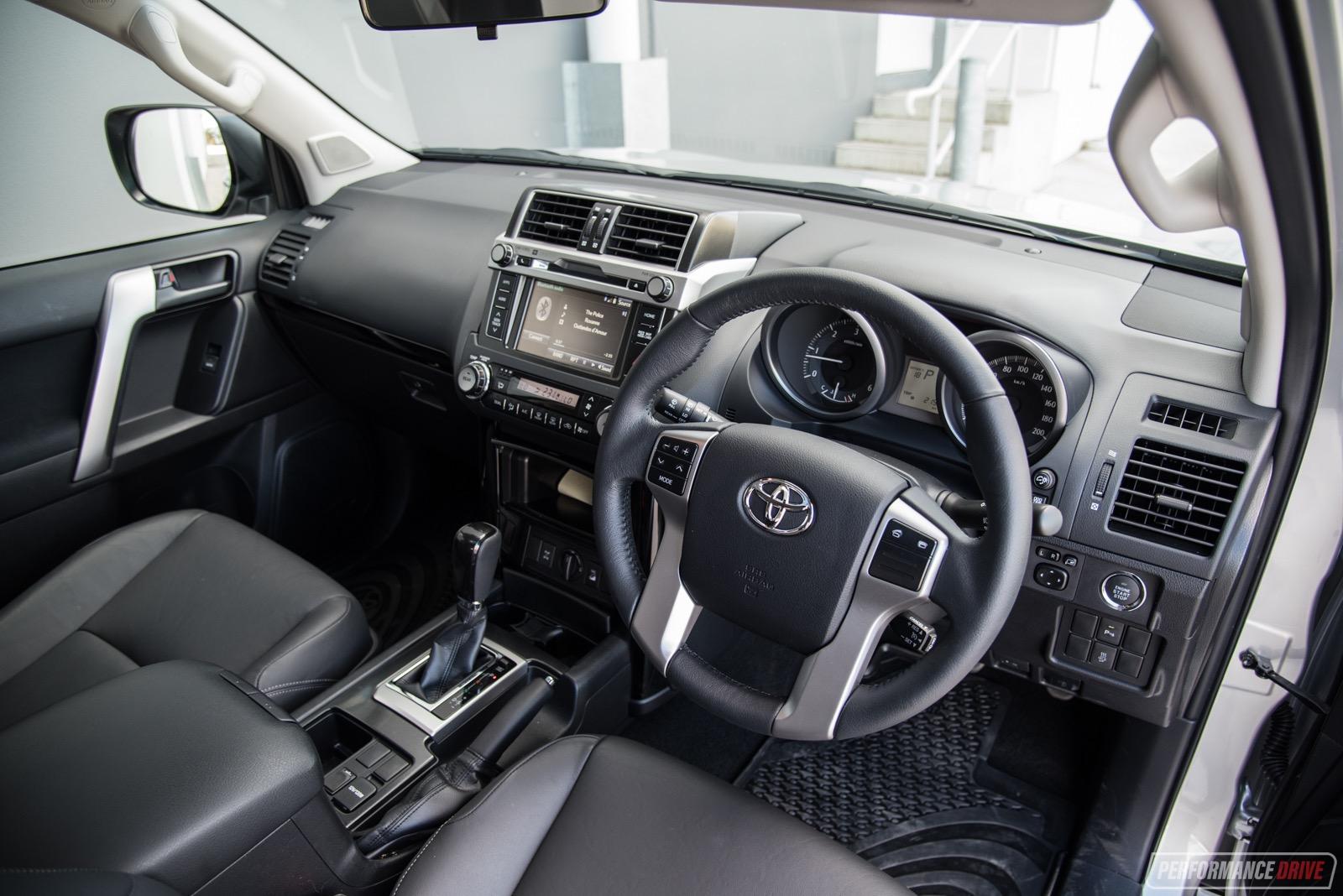 Toyota Camry 2018 Interior >> 2017 Toyota Prado Altitude review (video) | PerformanceDrive