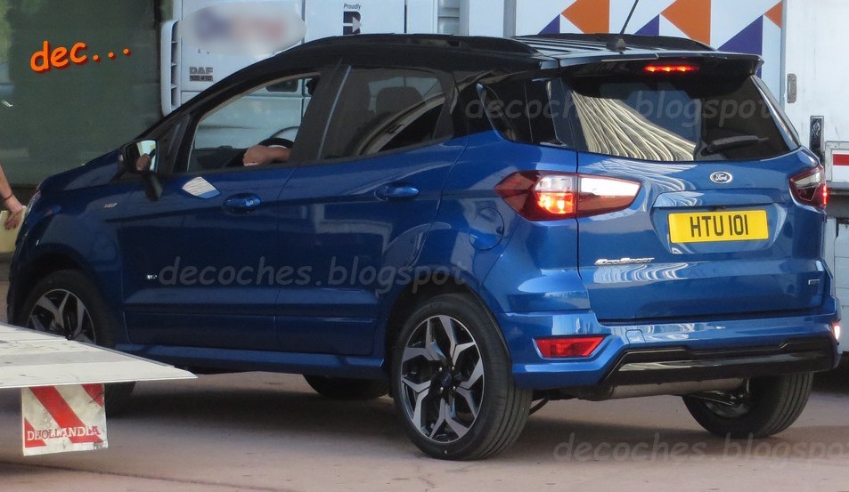 ford ecosport gets the st line treatment spied in spain. Black Bedroom Furniture Sets. Home Design Ideas