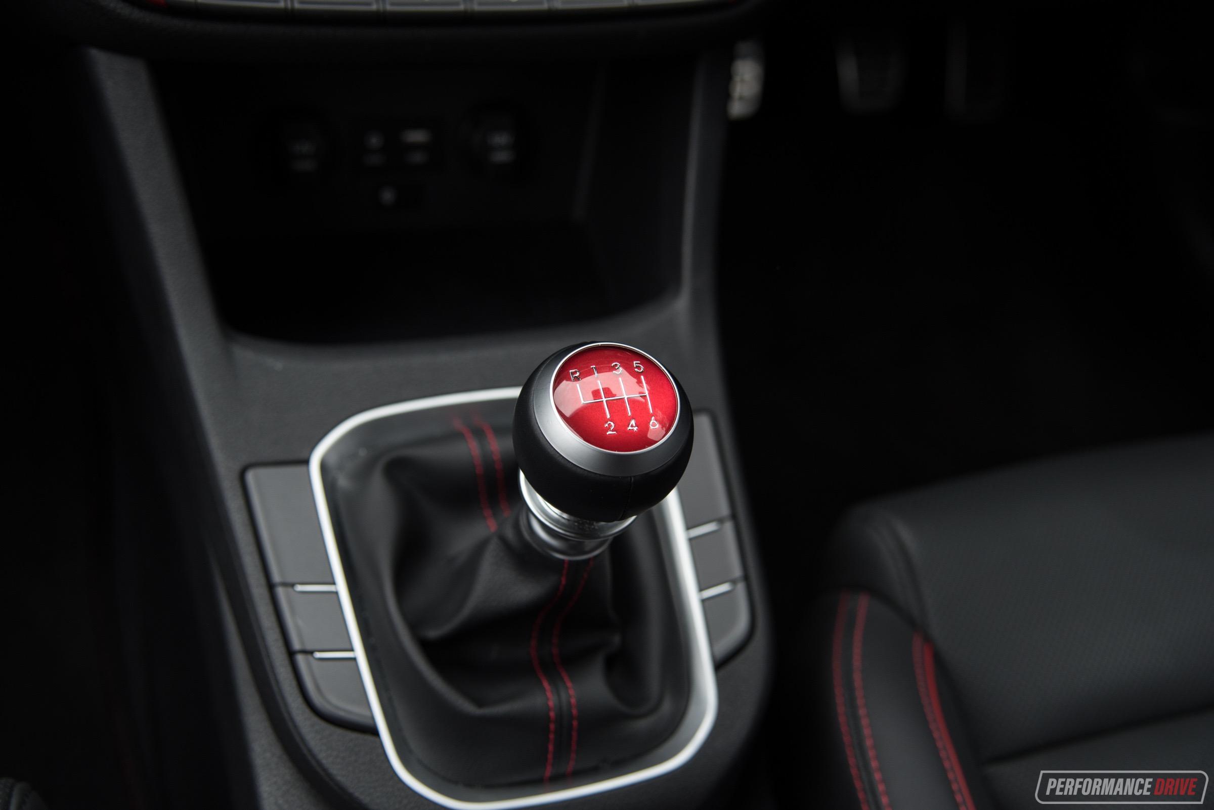2017 Hyundai i30 SR-manual