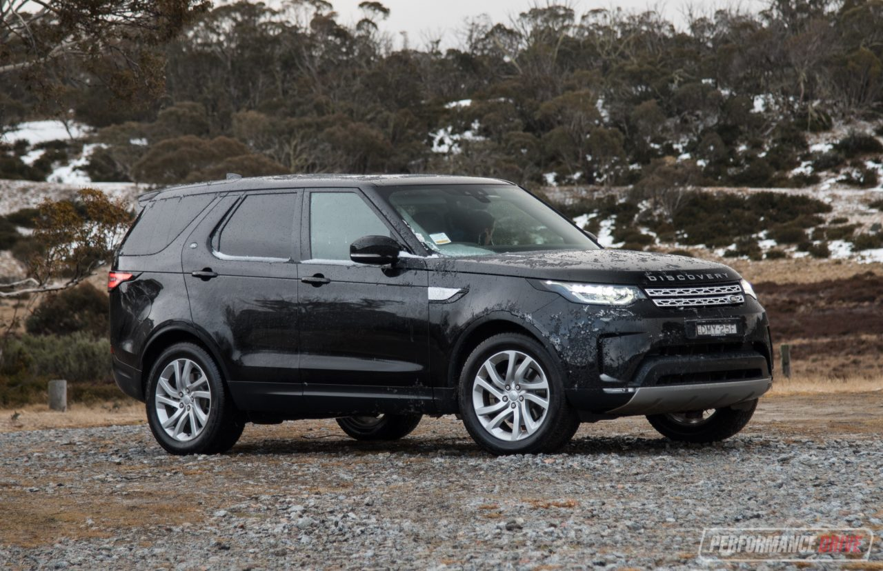 2017 Land Rover Discovery Sd4 HSE review (video ...