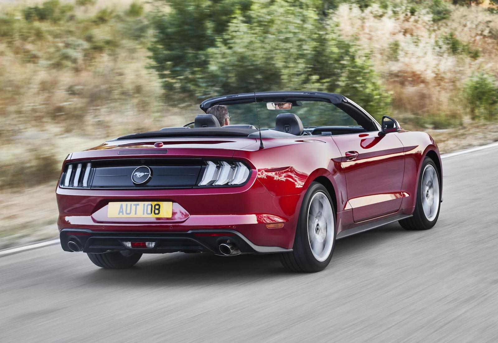 Ford Mustang Gt Convertible 2017 >> Euro-spec 2018 Ford Mustang unveiled, more power for V8 | PerformanceDrive