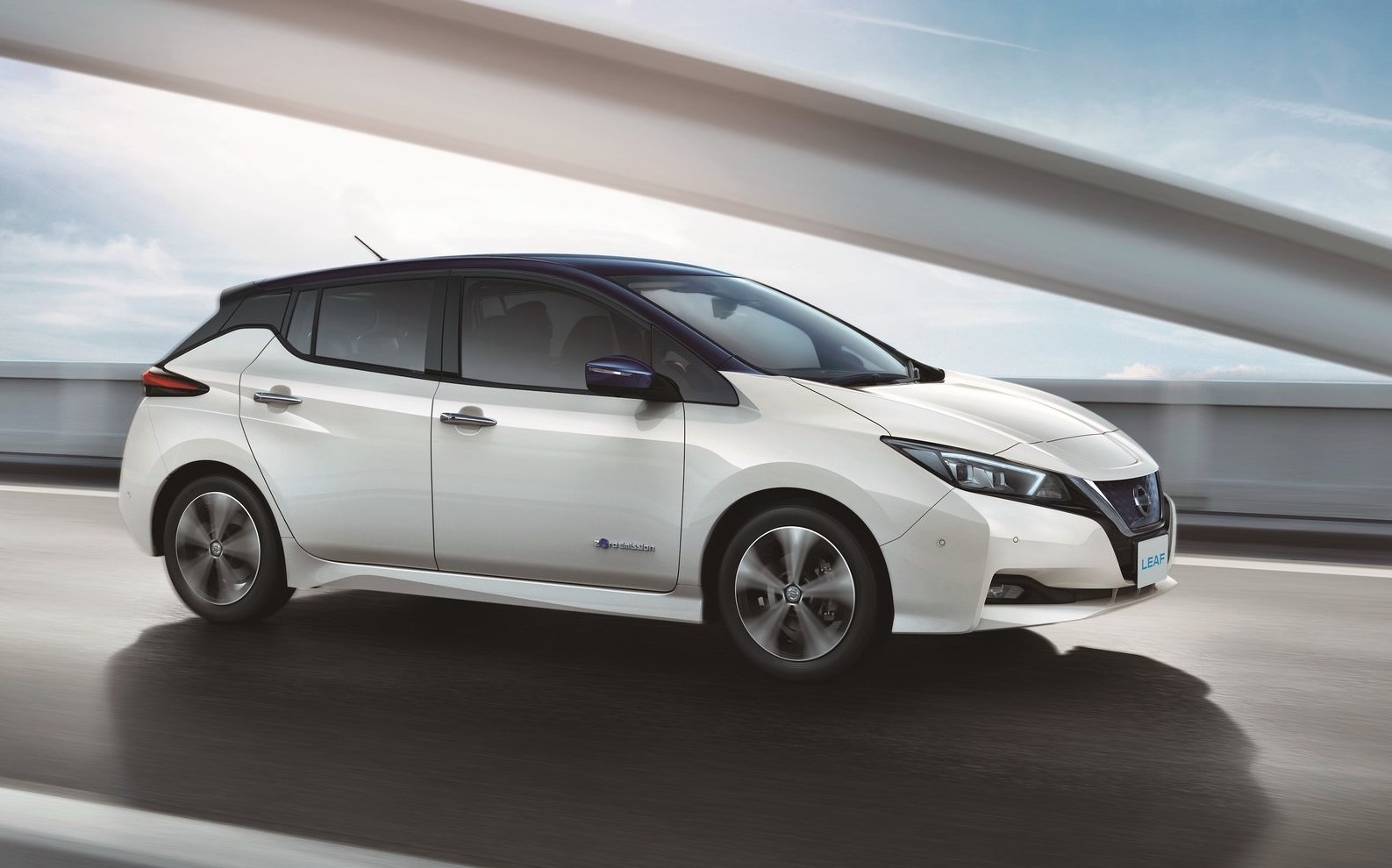 All-new 2018 Nissan LEAF unveiled with increased power ...