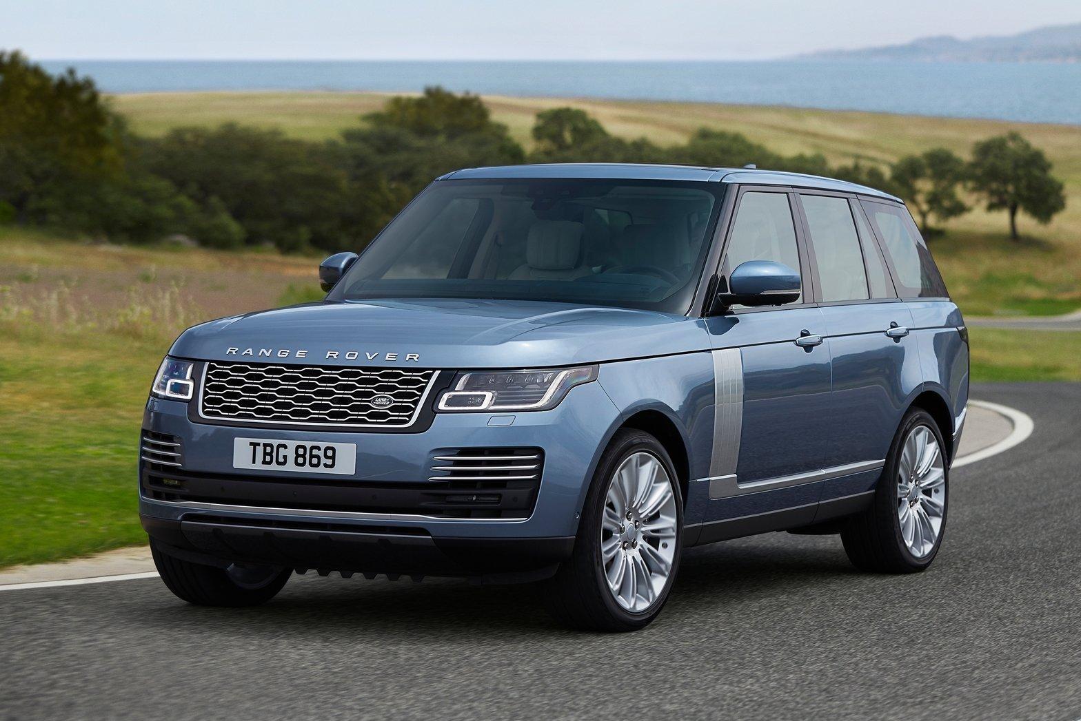 2018 Range Rover revealed; hybrid added, more power for top V8
