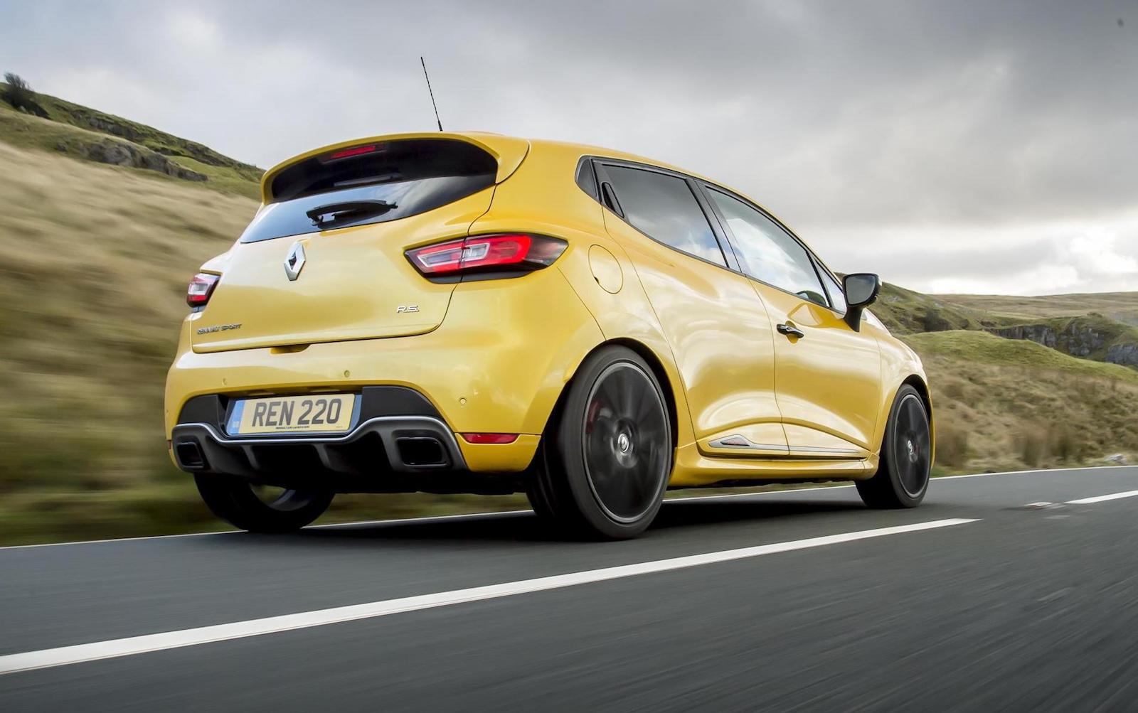 2018 renault clio r s trophy now on sale in australia performancedrive. Black Bedroom Furniture Sets. Home Design Ideas
