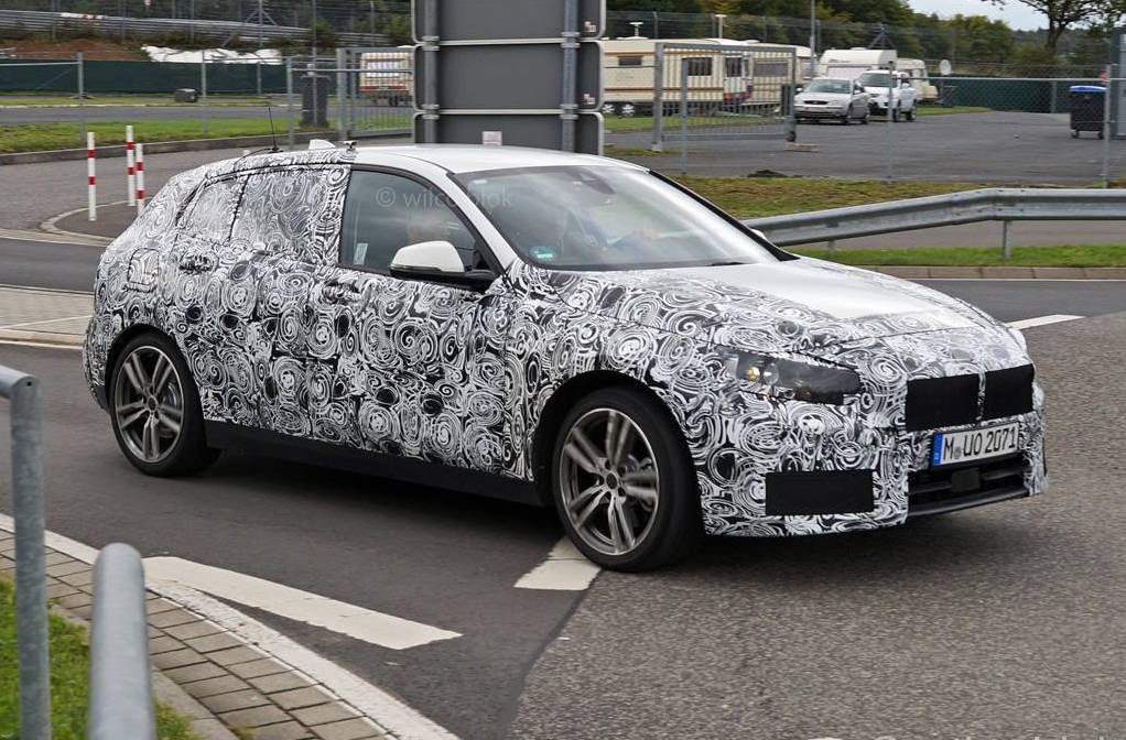 2019 bmw 1 series spotted with production body switches. Black Bedroom Furniture Sets. Home Design Ideas