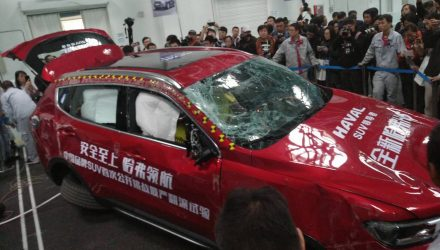 Haval H6 first car to pass new roll-over crash test by CATARC in China