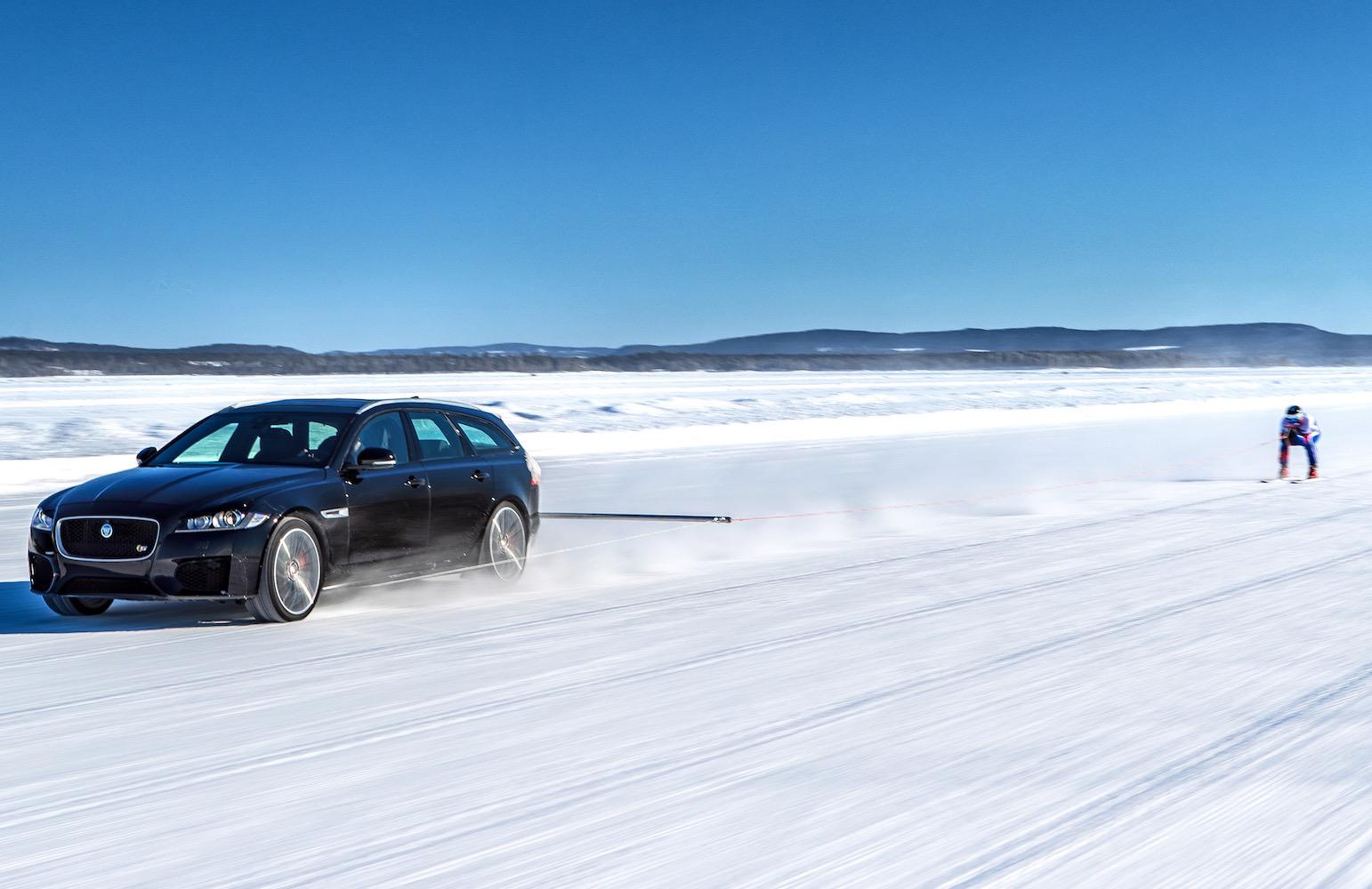 Jaguar XF Sportbrake tows Graham Bell to new ski speed record (video)