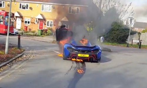McLaren P1 catches fire in the UK, looks to have dropped oil?