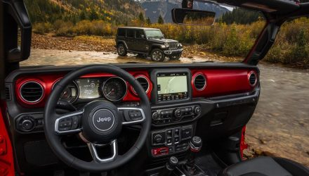 2018 Jeep Wrangler interior reveals new colour options