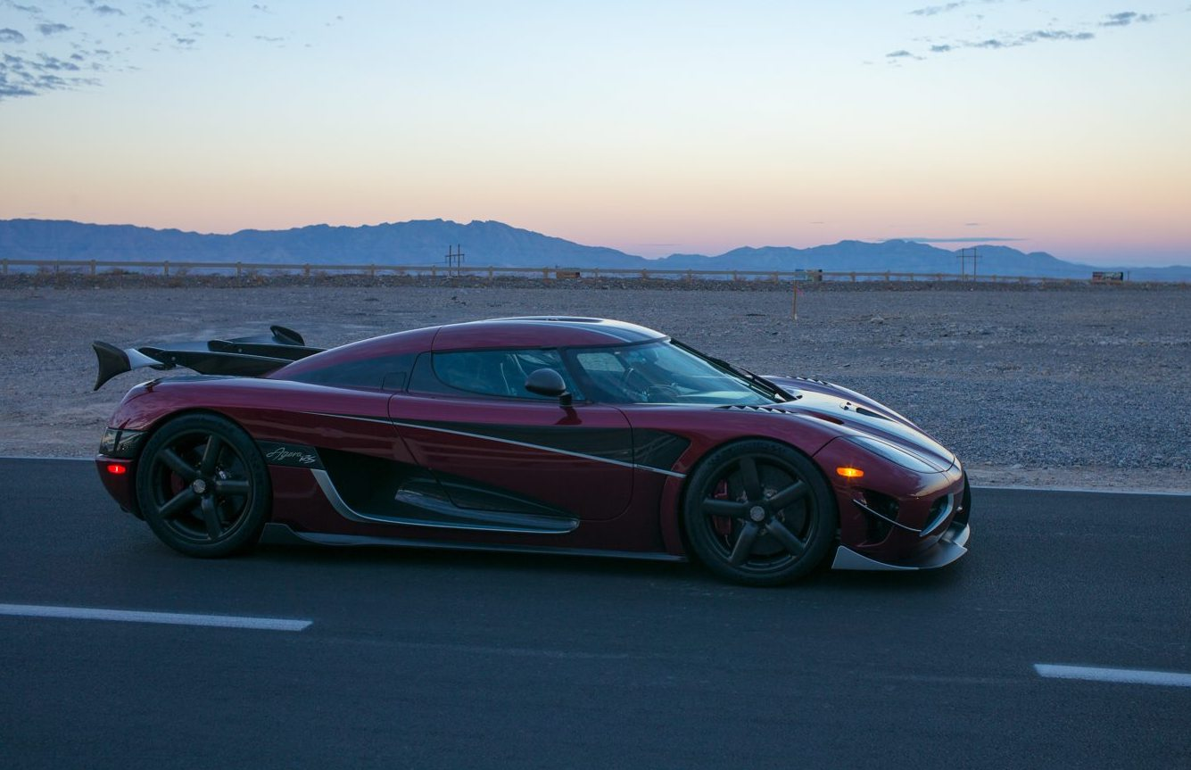 The Fastest Car In The World 2017 >> Koenigsegg Agera RS sets top speed record, new fastest car in the world | PerformanceDrive