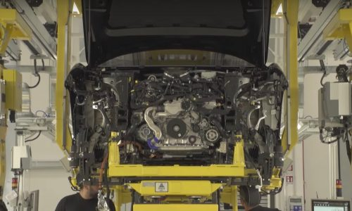 Lamborghini Urus previewed again in production promo (video)