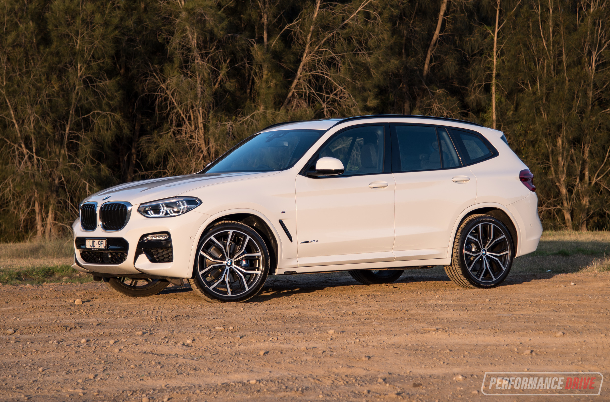 2018 bmw x3 xdrive30d review video performancedrive. Black Bedroom Furniture Sets. Home Design Ideas