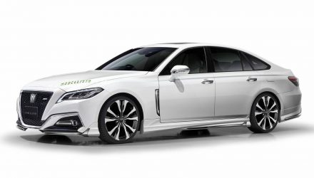 2018 Toyota Crown Modellista accessories headed for Tokyo Auto Salon