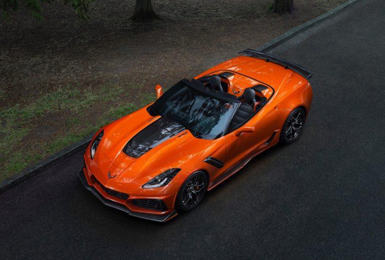2019 Chevrolet Corvette Zr1 Debuts First Drop Top Zr1 Since 1970