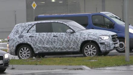 2019 Mercedes-Benz GLE 'W167' spied, gets new-look front end (video)