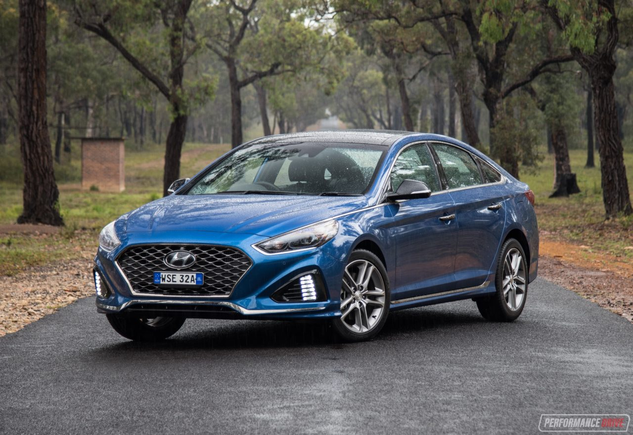 2018 Hyundai Sonata Premium 2.0T review (video ...