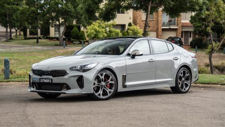 2018 Kia Stinger GT review (video)