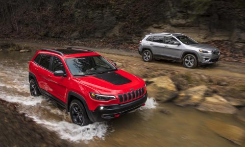 2019 Jeep Cherokee debuts at Detroit, 2.0 turbo confirmed