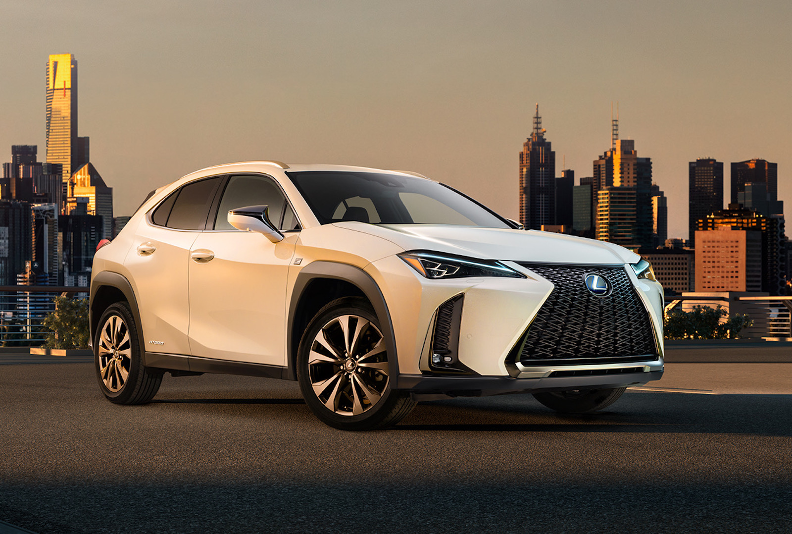 Lexus UX exterior revealed before Geneva debut (video ...