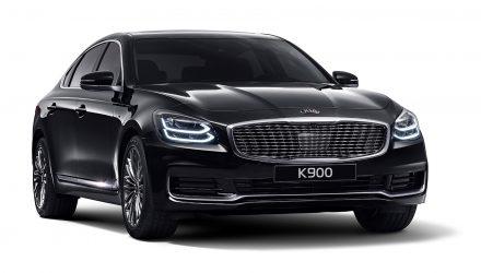 2018 Kia K900 revealed, gets world-first Pantone interior lighting