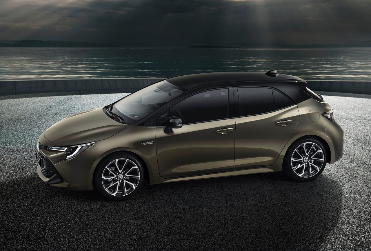 2019 toyota corolla officially revealed on sale in august performancedrive. Black Bedroom Furniture Sets. Home Design Ideas