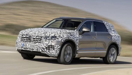 2019 Volkswagen Touareg previewed, interior revealed (video)