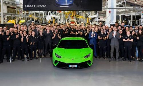 Lamborghini Huracan production hits 10,000 milestone