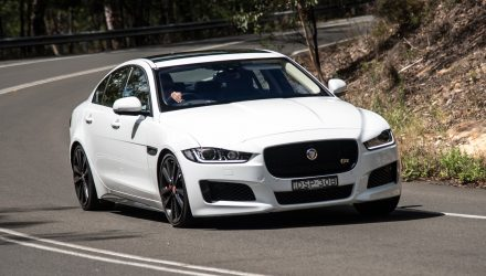 2018 Jaguar XE S review (video)