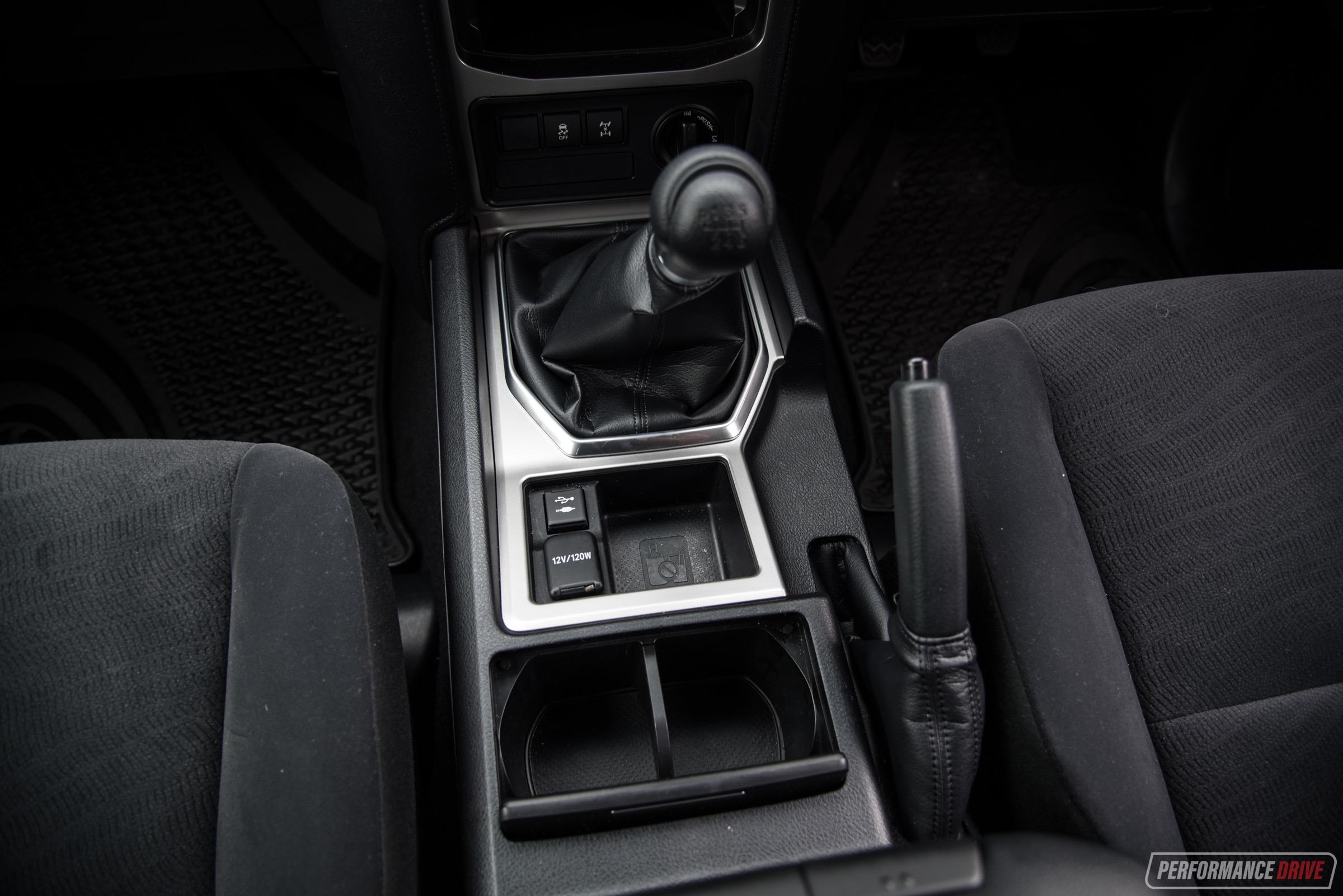 2018 Toyota LandCruiser Prado GX-manual