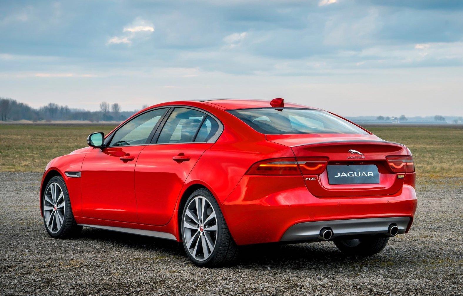 Jaguar F Pace Exterior >> 2019 Jaguar XE & XF receive new 300 Sport variant | PerformanceDrive