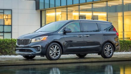 2019 Kia Carnival facelift revealed, V6 gets 8-speed auto